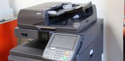 Ušetřete 30 % provozních nákladů za tiskárny a kopírky! Zde je návod.